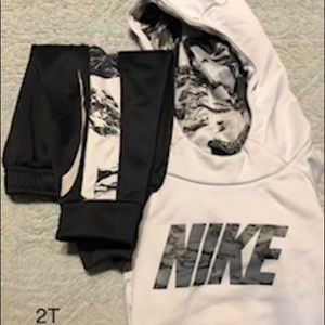 2T Nike hoodie and joggers.